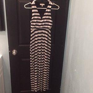 Monteau Black & White Dress